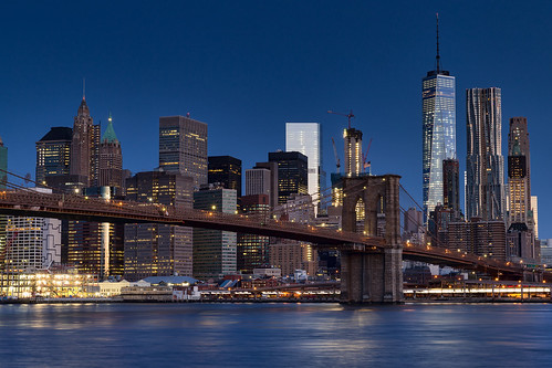 blue city brooklynbridge manhattan bluehour newyorkcity oneworldtradecenter longexposure eastriver cityscape skyline brooklynbridgepark empirefultonferrystatepark waterfront rpg90901 skyscraper tower architecture canon 6d canonef2470mmf28liiusm spring building water sky 2016 april 0539 nyc civiltwilight