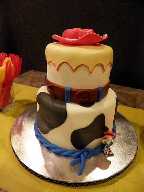 Cake by 4 Kids Cakes