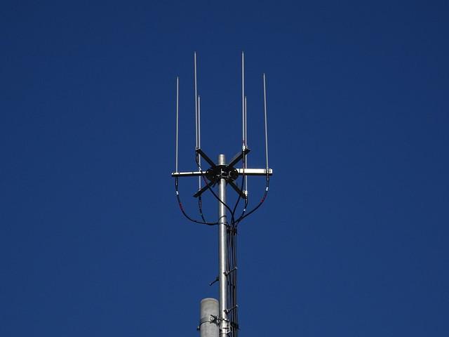郡山市内でWiMAX2+に対応した基地局を発見