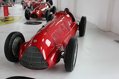 model car(0.0), maserati 250f(0.0), mercedes-benz w125(0.0), formula one car(0.0), supercar(0.0), race car(1.0), automobile(1.0), vehicle(1.0), automotive design(1.0), open-wheel car(1.0), land vehicle(1.0), sports car(1.0),