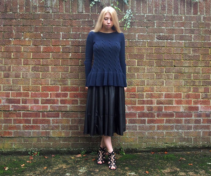 Navy, Pep Hem, AW14, How to Wear, Styling Inspiration, Outfit Ideas, Sam Muses, UK Fashion Blog, London Style Blogger