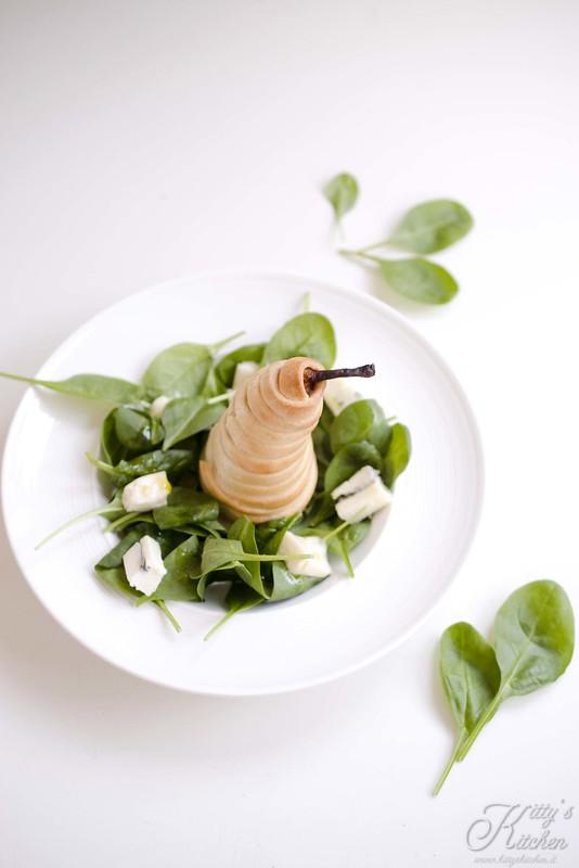 Insalata di pere calde e gorgonzola