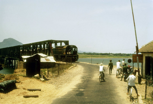 TUY HOA 1970 - The bridge going into Tuy Hoa. Photo by Steve Hutchinson