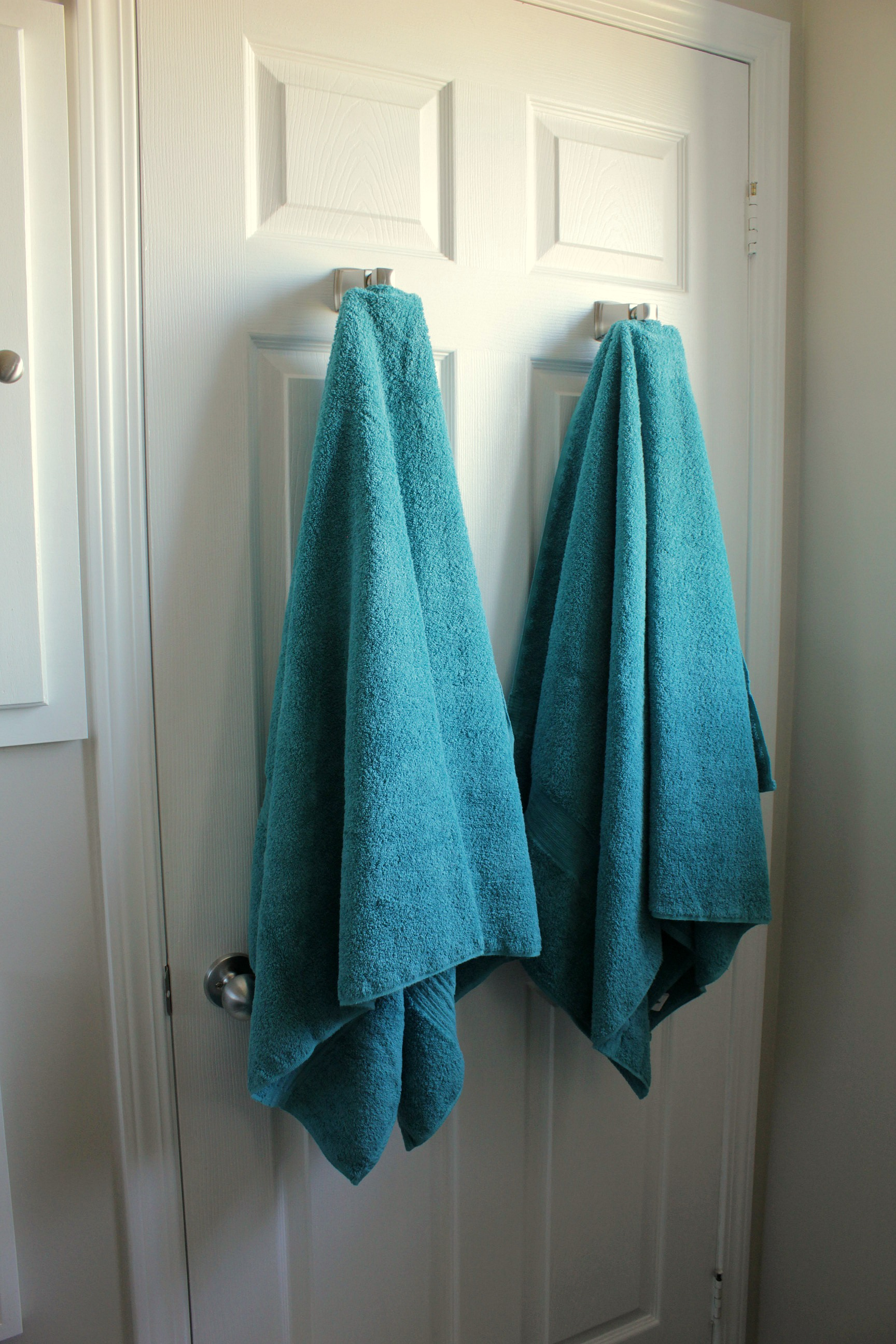 Displaying bathroom towels ideas - Ensuite Bathroom Renovation Teal Towels Brushed Nickel Towel Hooks