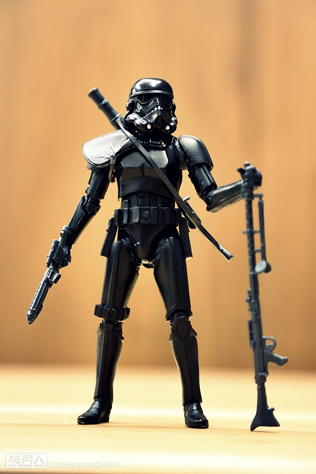 孩之寶《星際大戰》6 吋黑標系列「帝國闇影中隊」開箱報告