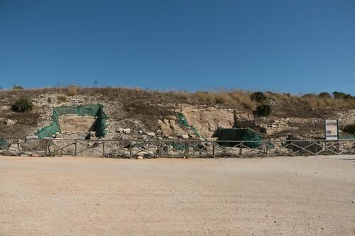 Segesta: dove, una volta, c'era un porticato