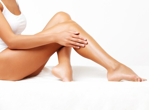 Dr. Joel Schlessinger shares how self-tanners work