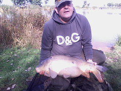 Colin Jones with a 23lb 7oz mirror
