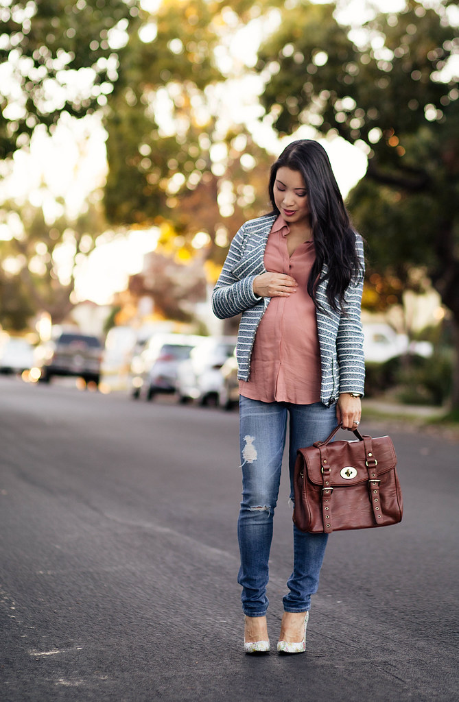 cute & little blog | petite fashion | maternity baby bump pregnant | loft specklestripe moto jacket, pink shirt, distressed maternity jeans, shoes of prey floral pumps | third trimester 27 weeks
