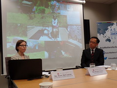 Dr. Mary McCarthy (left) and Dr. Daqing Yang (right) discuss how the issue of comfort women has been viewed in America.