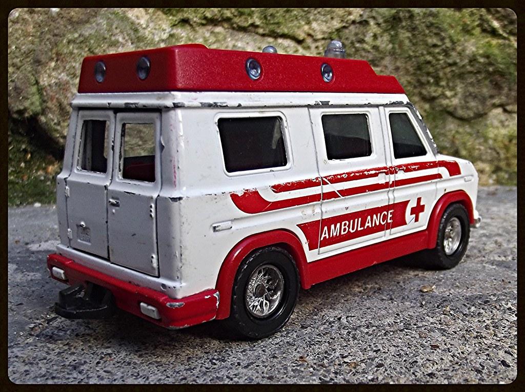 N°3021 Ambulance  15525110535_050f14c2d8_b