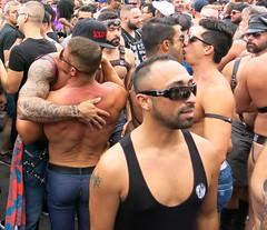dirty dancing part 2 and the kissing men : folsom street fair, san francisco (2014)