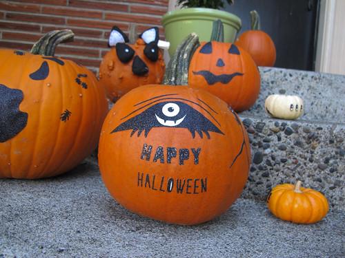 pumpkinsdecorated2