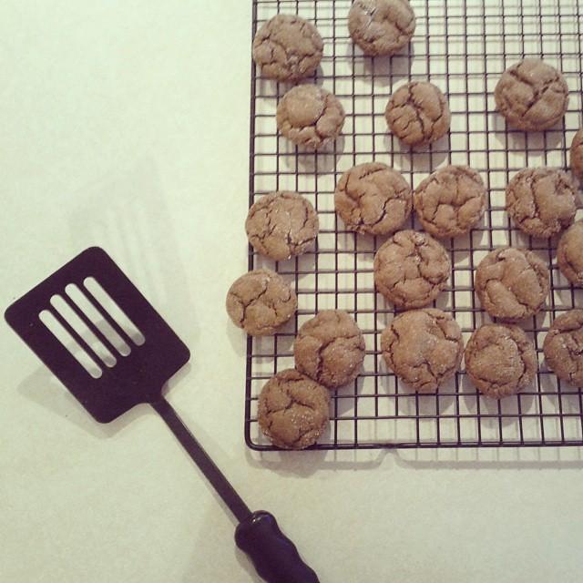 Rainy days need cookies. #onedayhh