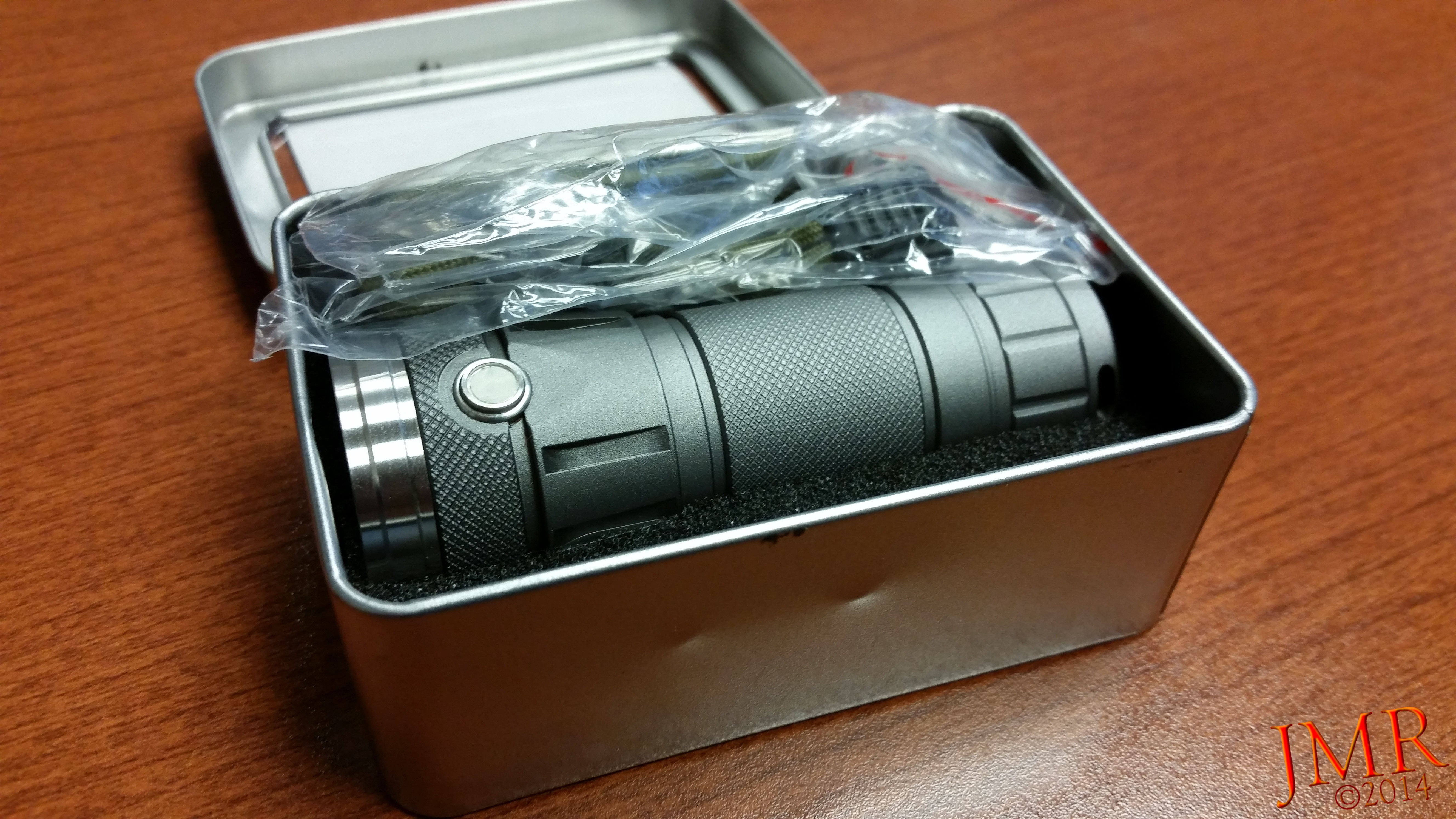 DQG 26650 World Smallest Triple CREE XP-G2 R5 LED