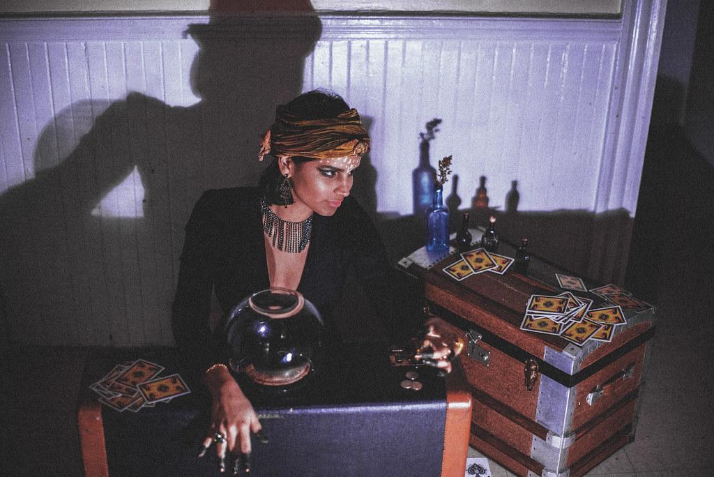 fortuneteller-11