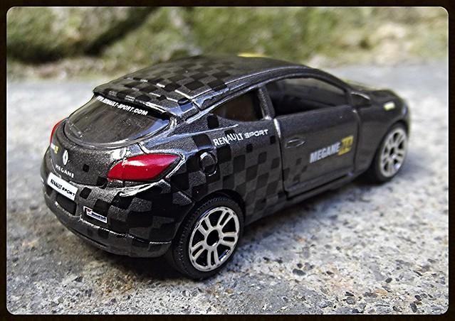 N°222E Renault Megane Coupé. 15643277072_30a5384567_z