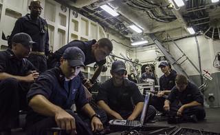 Surface Warfare Detachment 6 prepares to get underway aboard USS Fort Worth (LCS 3)