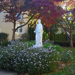 Peaceful area of the church in Lambertville, NJ