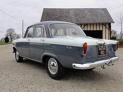 1961 Standard Vanguard Luxury Six 5252RO - Photo of Ferrières