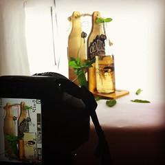 Fotografía publicitaria para piezas promocionales diseñadas por @vaneortizariza #tadeo_caribe #diseño #designe #fotografía #Photography #nikon #piezas #p.o.p #AndreaTous #clasedfotografiapublicitaria