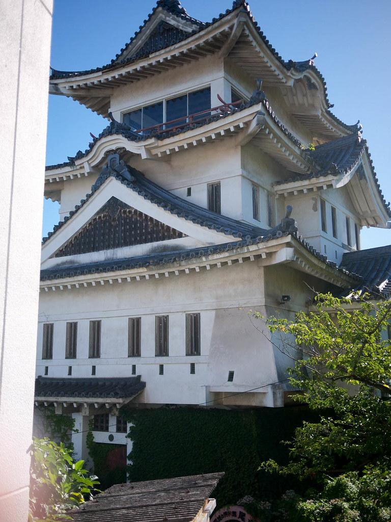 近くから尾道城