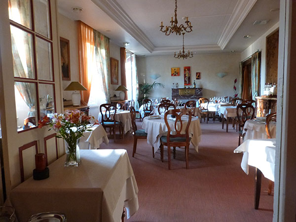 salle à manger hôtel tatin