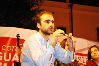 Ezio Antonacci sul palco della Festa dell'UnitÃ