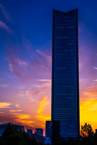 park blue sunset shadow orange macro building silhouette japan ed nikon purple business micro osaka tall 28 af 60mm gradation nikkor f28 60 afs f28g d3s