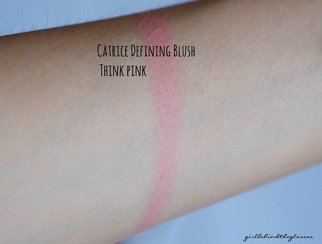 Catrice Defining Blush Think Pink swatch