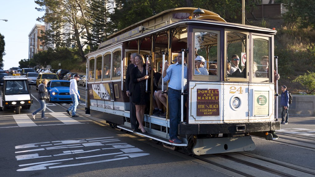 Cable Car Crossing Lombard Street