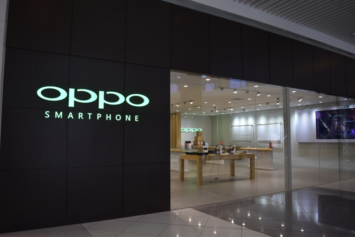 Oppo First Flagship Store In Singapore 171 Blog Lesterchan Net