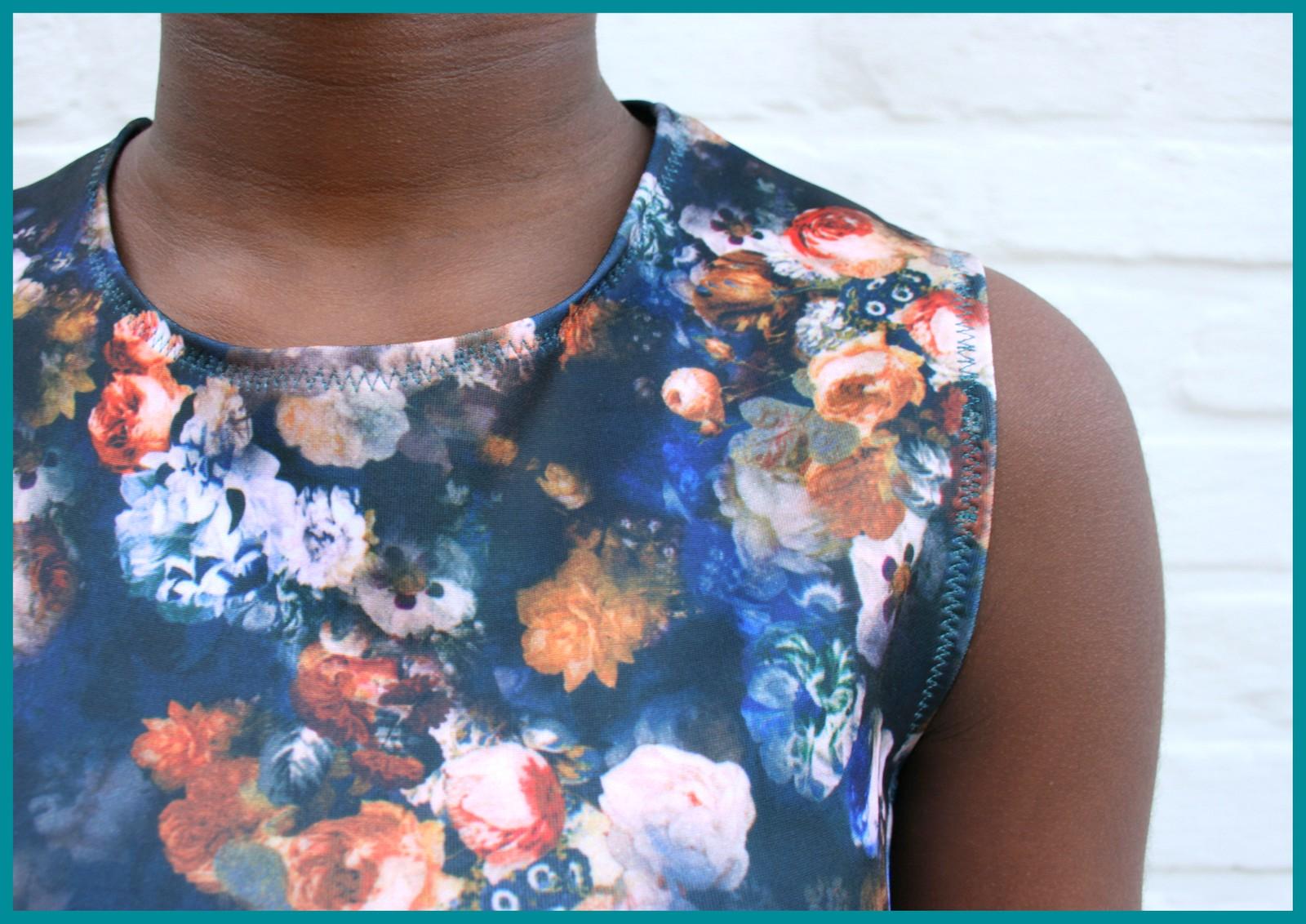 pre-teen swag (neckline)