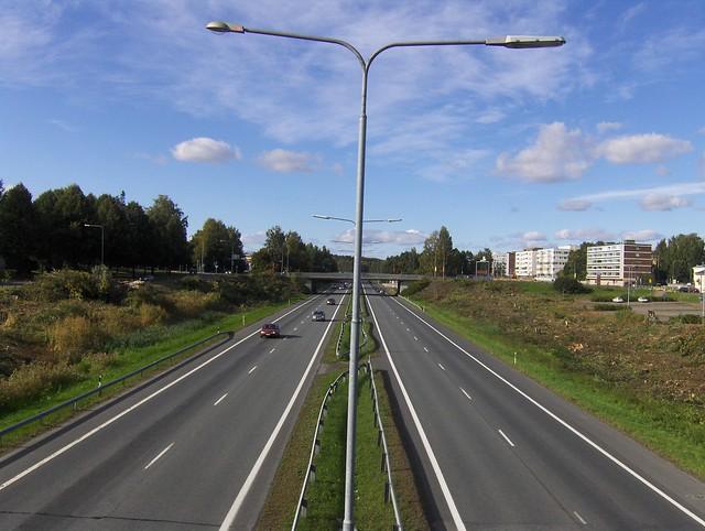 Hämeenlinnan moottoritiekate ja Goodman-kauppakeskus: Työmaatilanne 11.9.2011 - kuva 8
