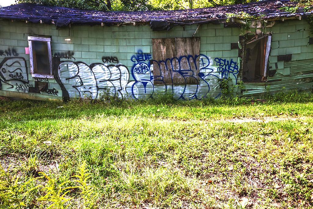 Abandoned-house-on-9-27-14--Jackson-6