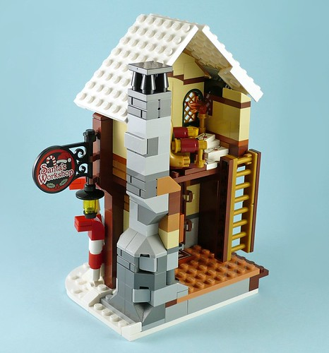 LEGO 10245 Santa's Workshop 15