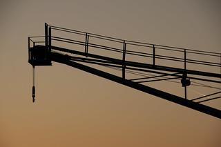 Image de Neuss. rot industry lines dawn kontrast kran industrie neuss k7 morgenröte lievenvm