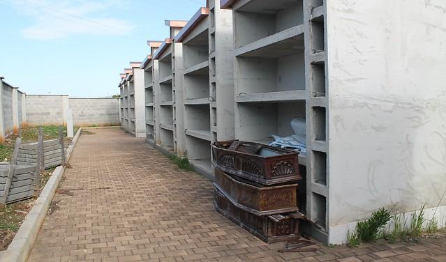 cimitero polignano loculi fusillo fimco