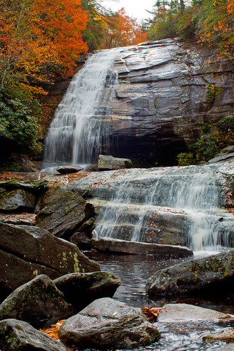 longexposure autumn mountains fall water waterfall nc rocks northcarolina boulders granite jacksoncounty panthertown panthertownvalley waterfallphotography davidhopkinsphotography greenlandcreekfalls greenlandcreek