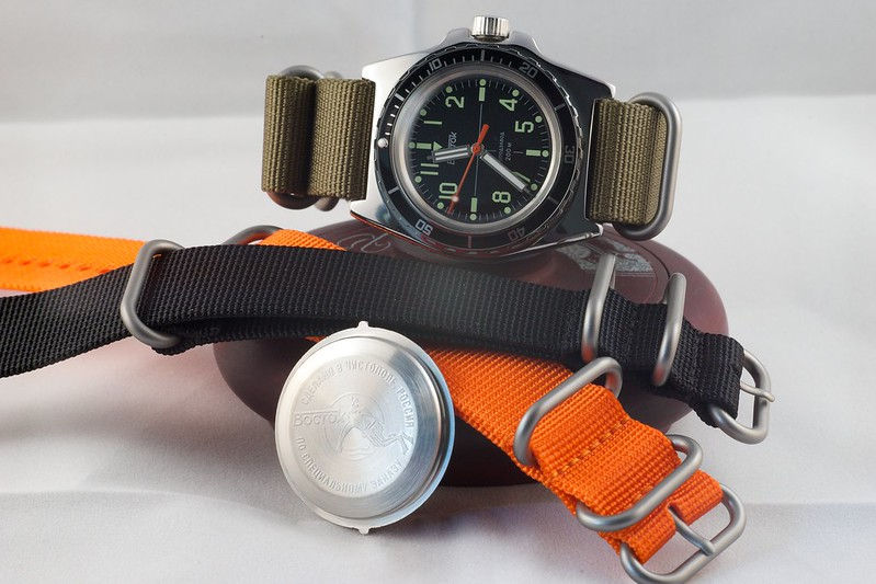 vostok - Revue Vostok Amphibia SE Meranom 15563053120_1cc85e00c9_c