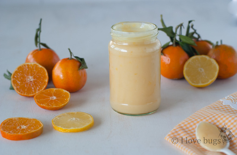 Vasitos de mandarina curd