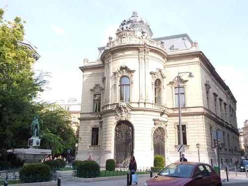 Metropolitan Ervin Szabó Library, Budapest 1