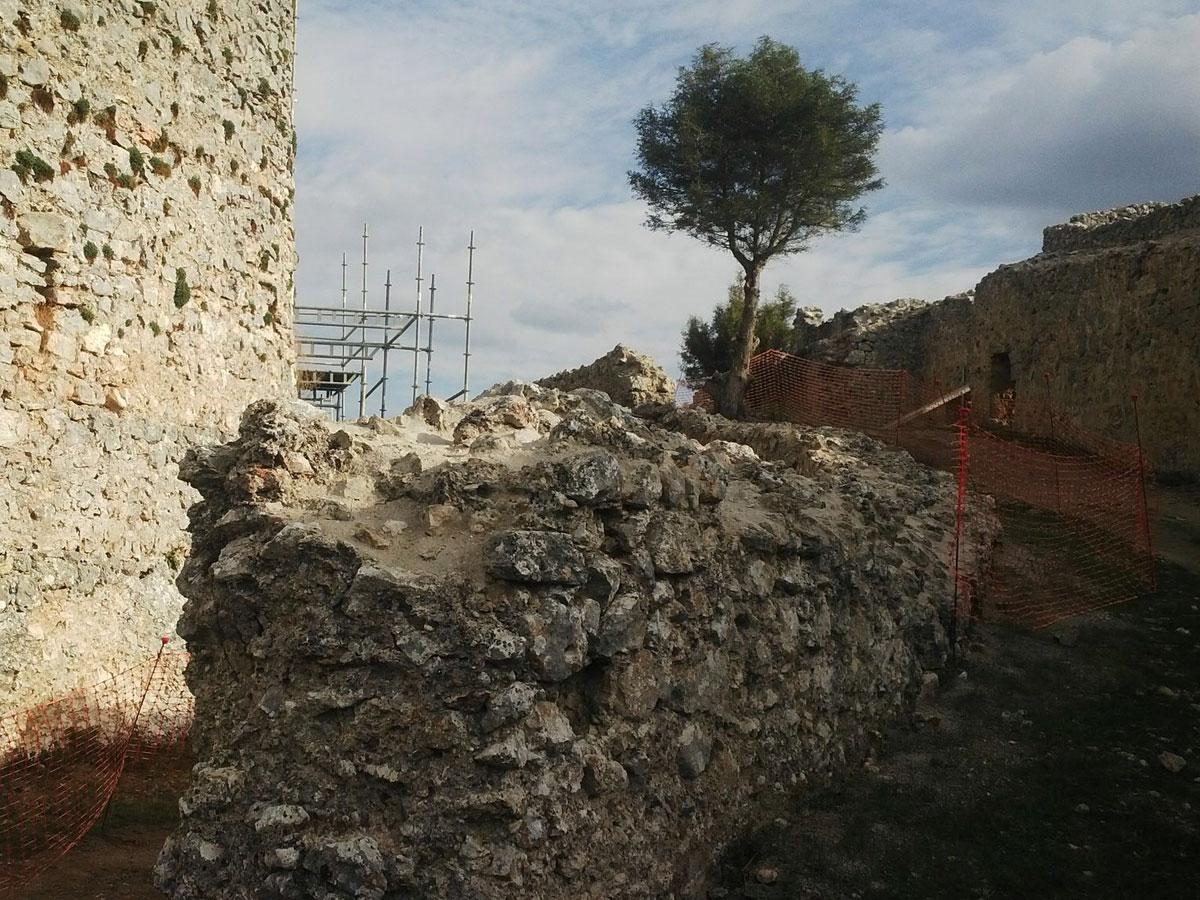castillo ucero_soria_visita monumentos restauracion_antiguo pueblo ucero_siglo XIII_barbacana