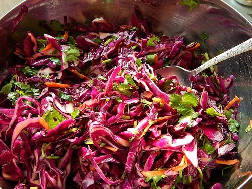 готовый салат в миске 1
