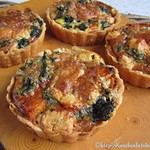 Rezepte von Diana Henry:©Pumpkin tarts with spinach and Gorgonzola (1)