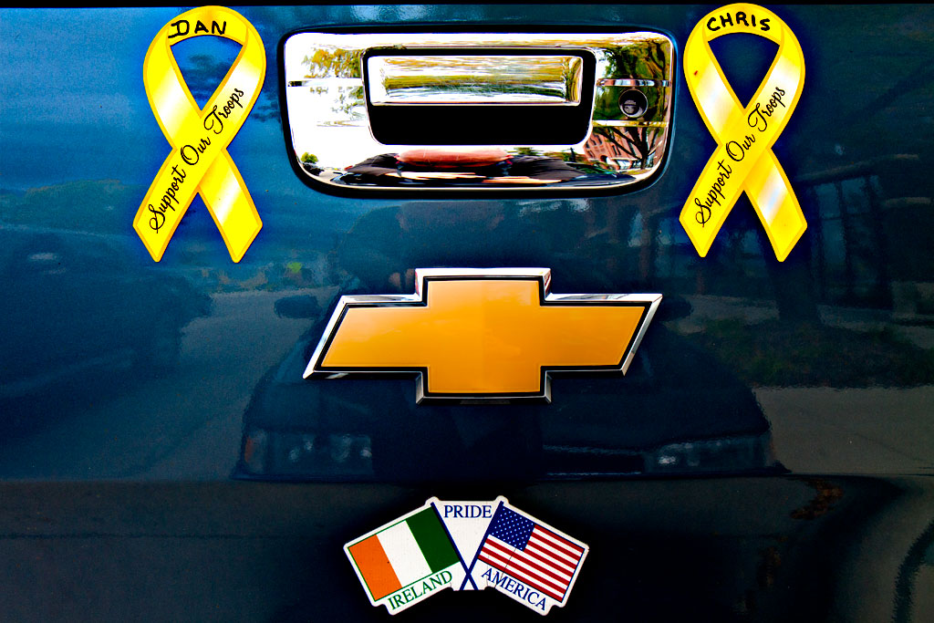 Support-Our-Troops-yellow-ribbon-stickers--Cedar-Rapids