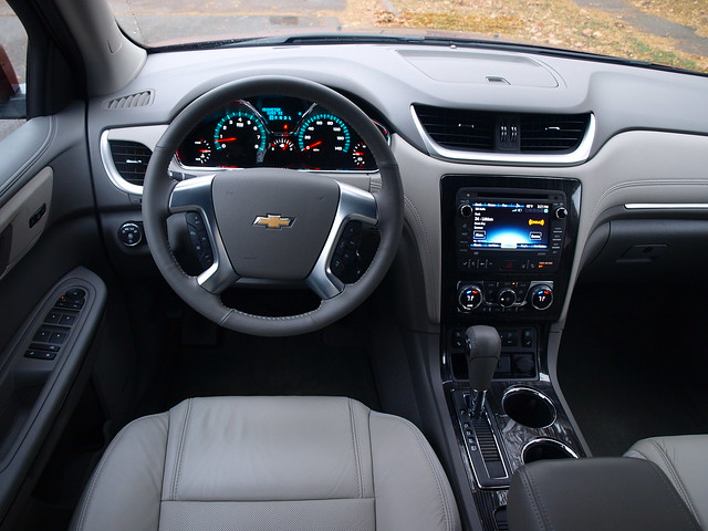 2015 Chevrolet Traverse LTZ AWD Interior