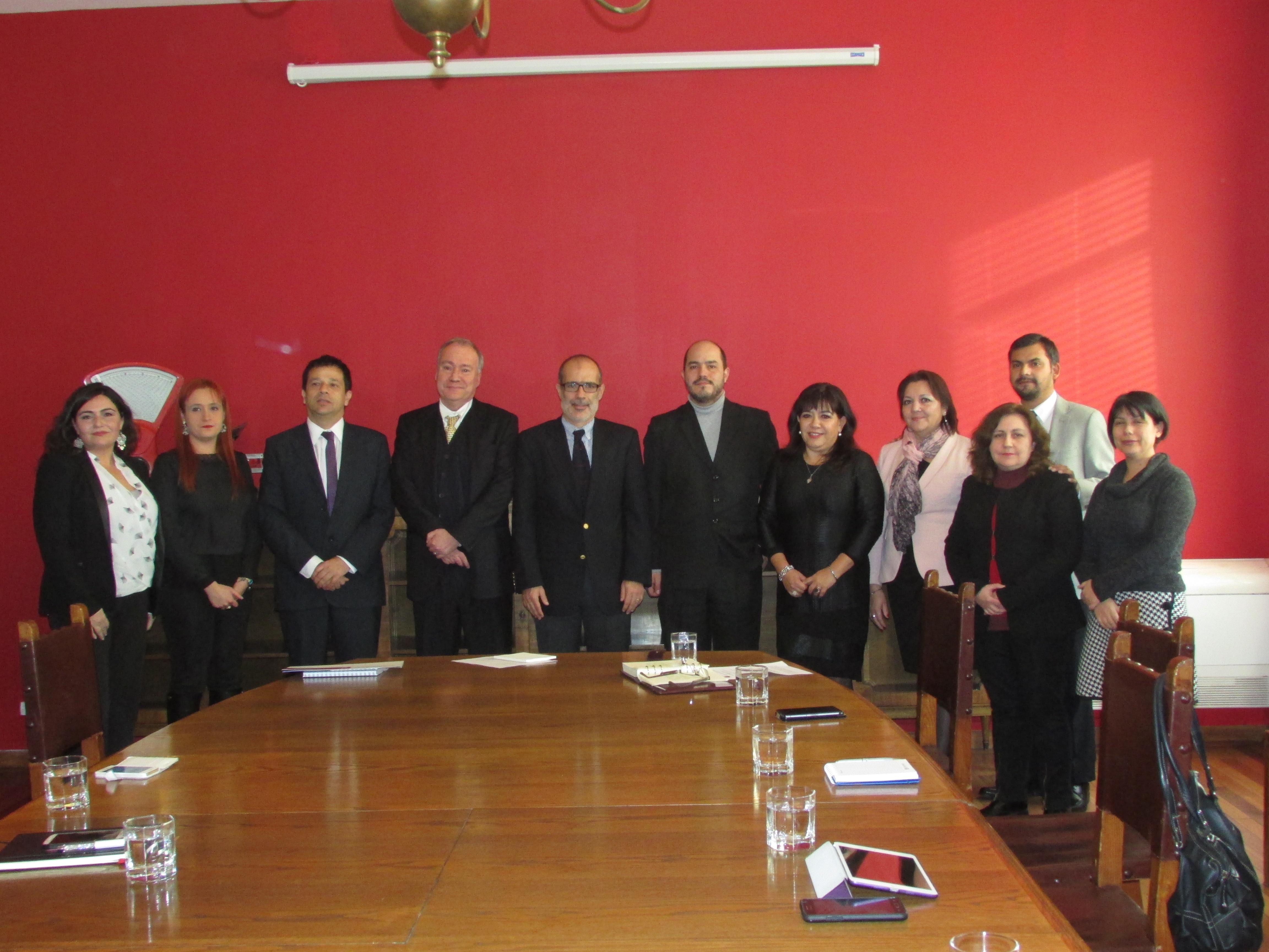 FTH en reunión Protocolar con Ministro de Hacienda - 18 Junio 2015