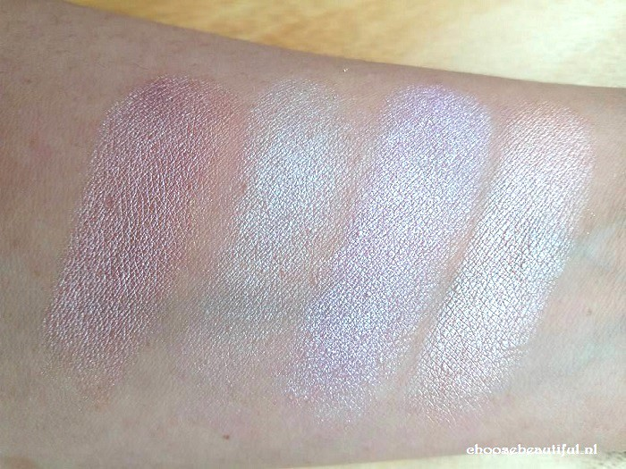 Sleek Highlighter palette Solstice.