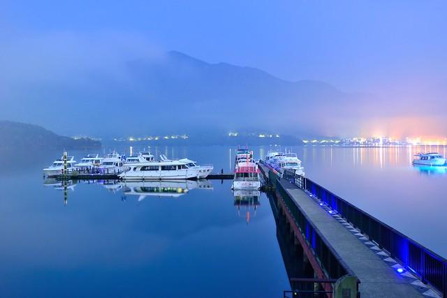 Night View at Sun Moon Lake明潭夜色